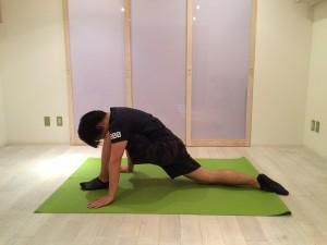 腰痛ストレッチ腸腰筋2