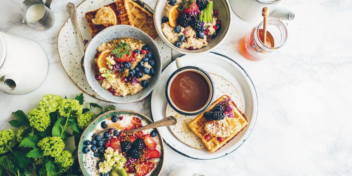 栄養豊富な朝食の画像